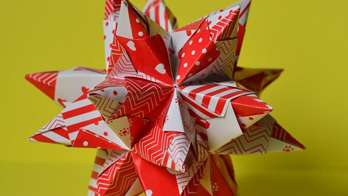 Origami Tornillo Kusudama Designed By Paolo Bascetta featured image